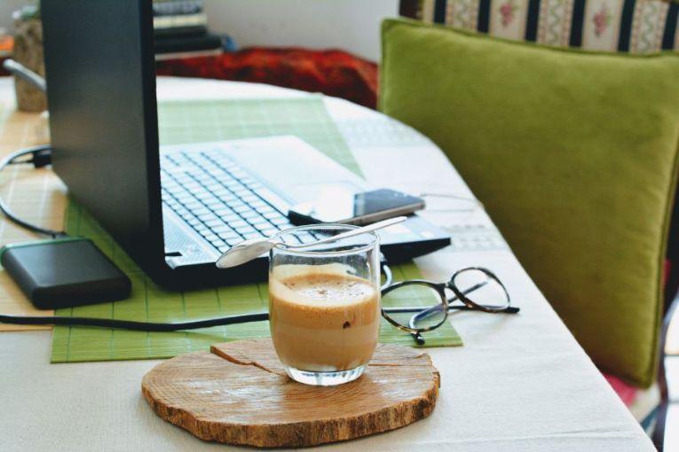 在宅勤務(リモートワーク・テレワーク):在宅勤務のメリット・デメリット